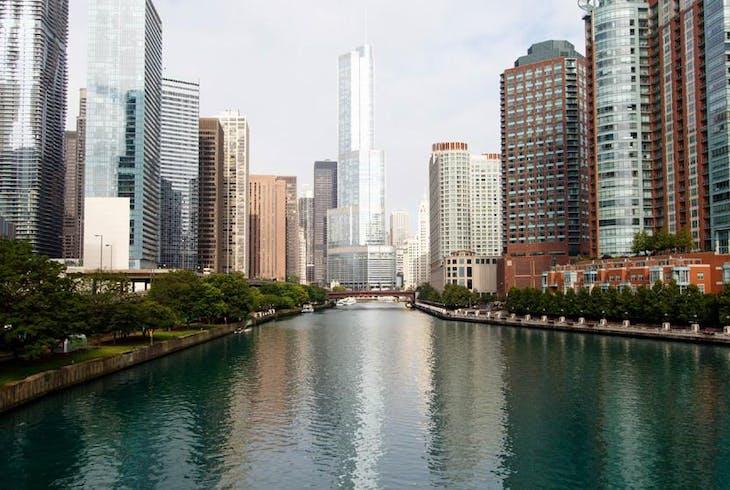 0_new Chicago River Architecture
