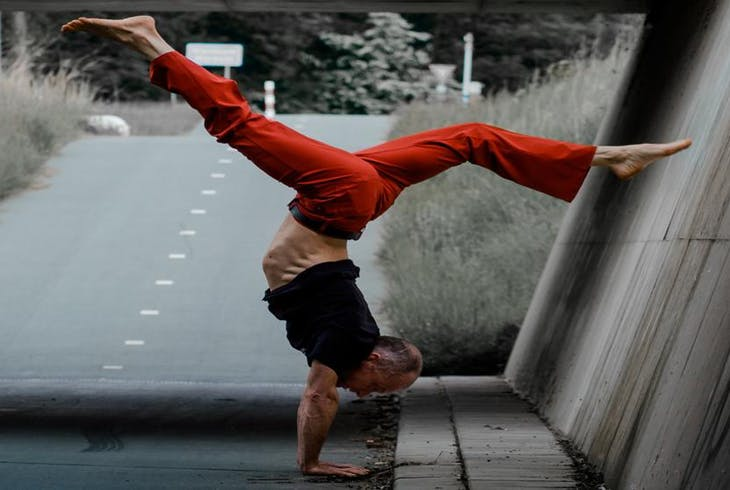 0_new Handstand