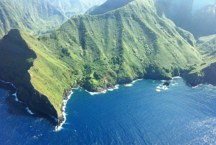 0_new Molokai Aerial