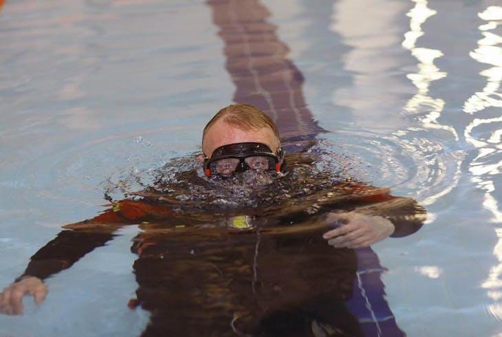 0_new Pool Scuba
