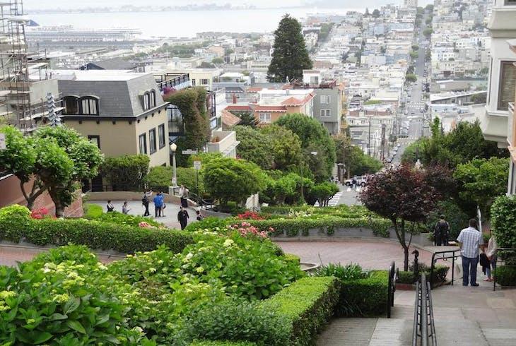 0_new San Francisco Lombard Street