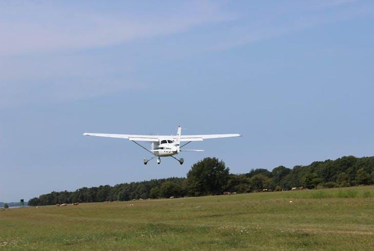 0_new Small Plane Tour