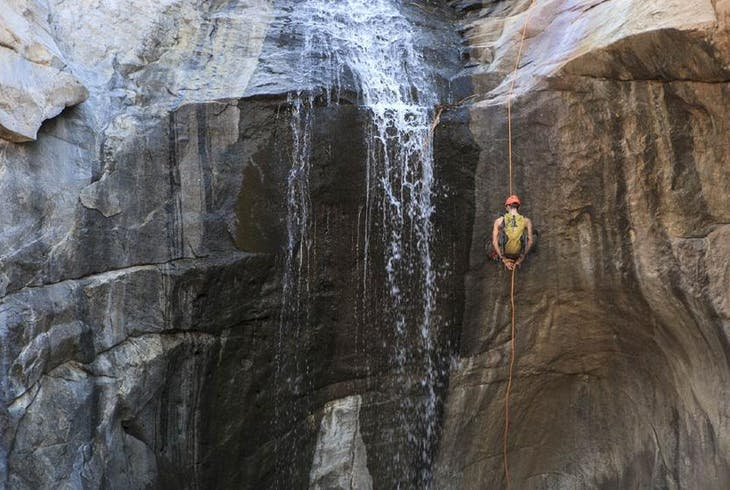 0_new Waterfall Rappelling