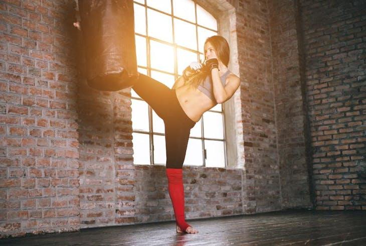 0_new Women Kickboxing