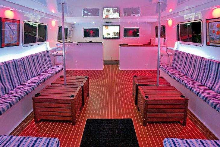 Afishinados Night Cruise