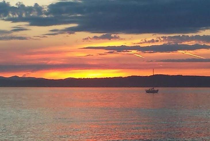 Candere Cruising Sunset Sail
