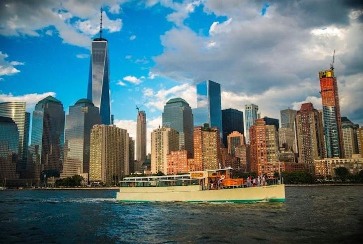 Classic Harbor Line Lower Manhattan Architecture Tour