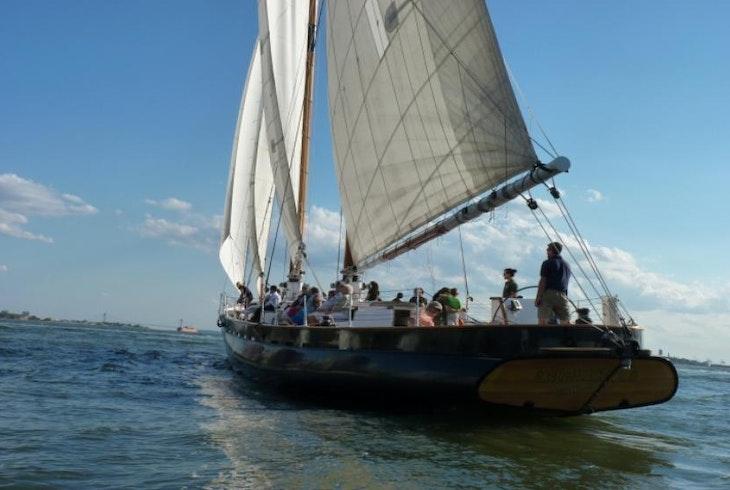 Classic Harbor Line Sail