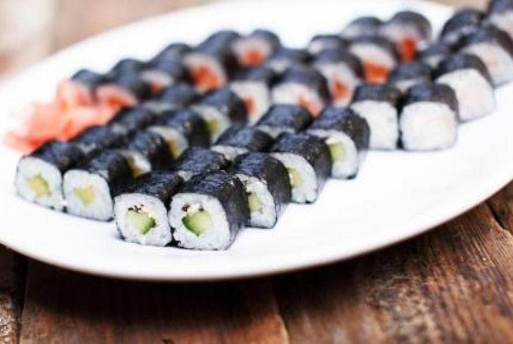 Cocu Social Sushi Making