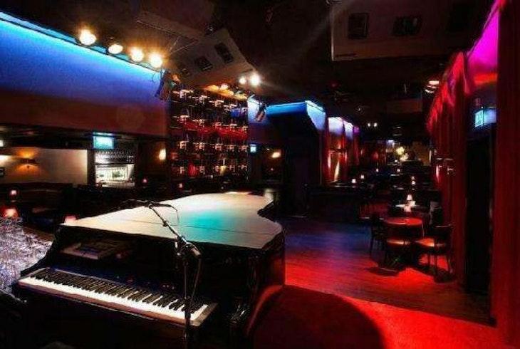 New York Broadway Tours Gay Bar Crawl