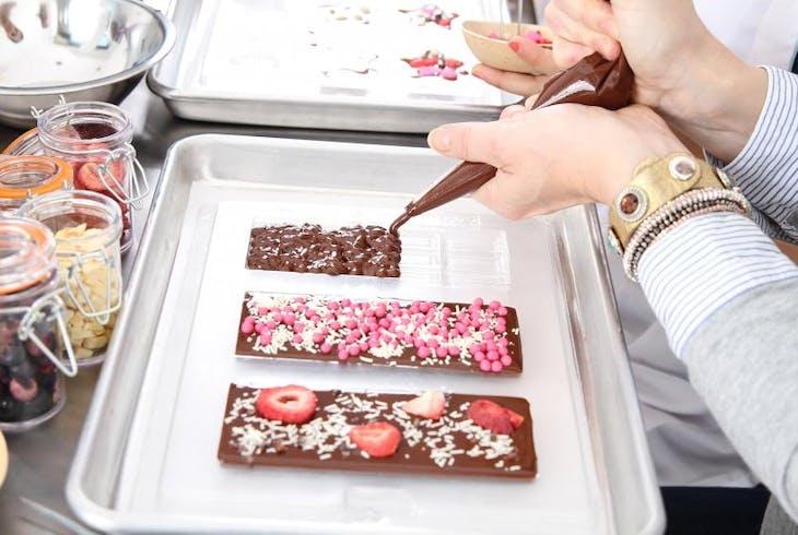 Voila Chocolat Make Your Own Chocolates Experience Chocolate Bars