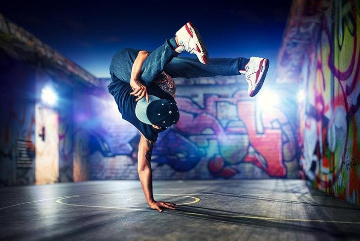 Learn Basic Breakdancing Freezes and Footwork: 5 Steps ...