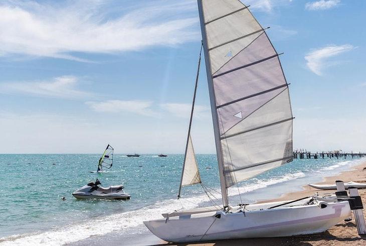 Catamaran Small