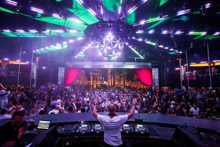 La Epic Club Crawl Vegas