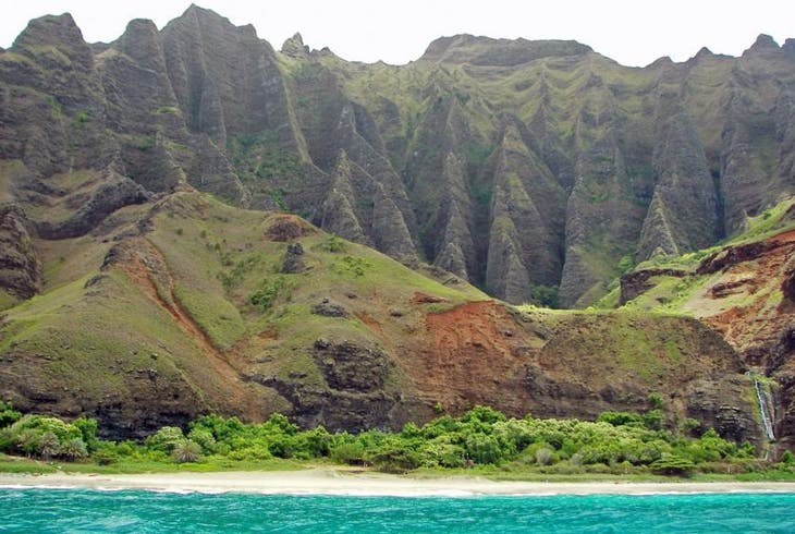Na Pali Explorer Beach Landing Excursion Tour