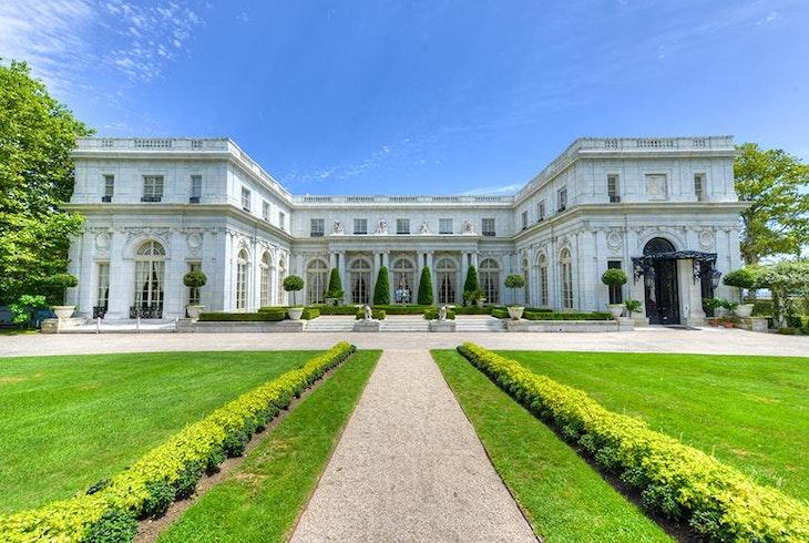 Newport Mansions Generic