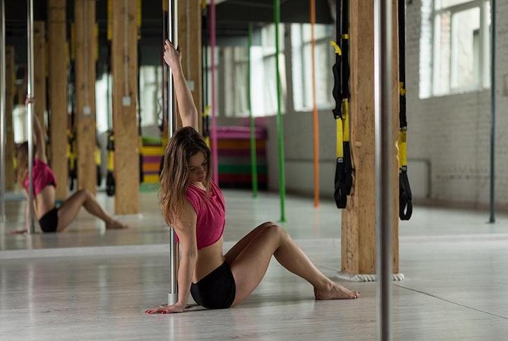 Pole Dance Floor Work