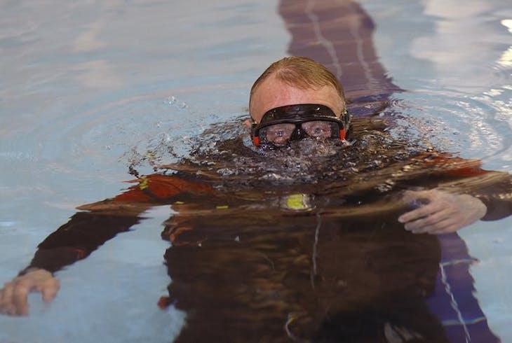 Pool Scuba