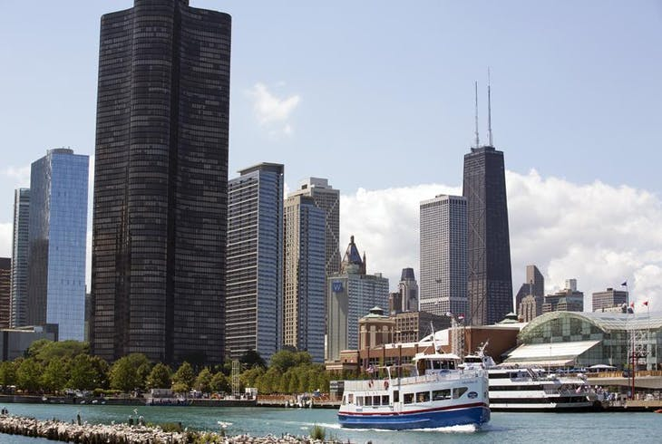 Shoreline Sightseeing Lake Tour