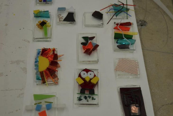 V Fused Glass 101 9395