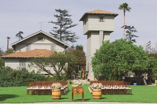 wine-tasting-in-la-hamilton-oaks