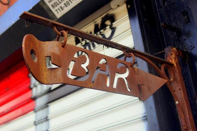 NYC-Drink-ClassicBar-vimbly