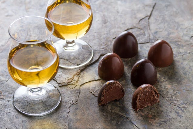 scotch-chocolate-tasting-san-diego-date-ideas-vimbly