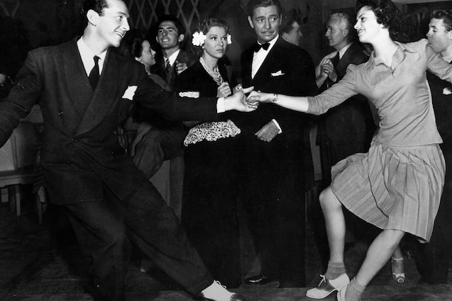 swing-dance-chicago-date
