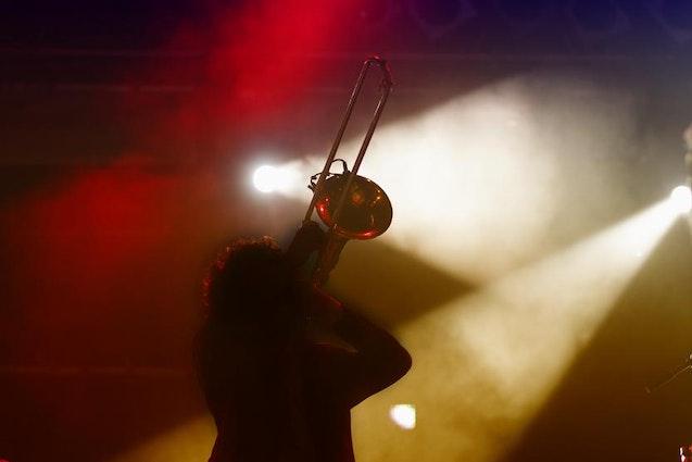san-fran-date-ideas-jazz-concert-dinner-vimbly