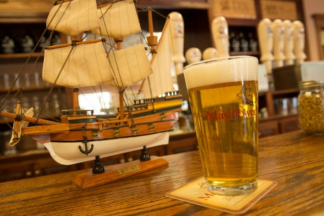 mayflower-boston-brewery-tours-beer