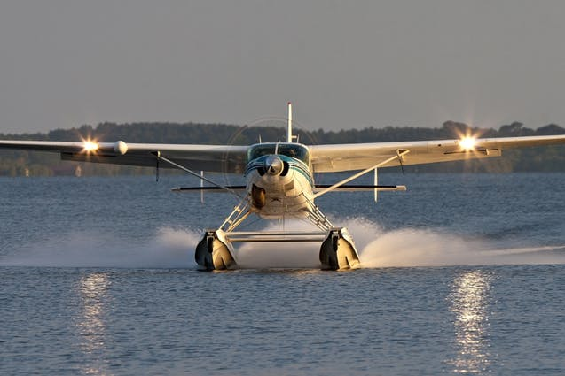 seaplane-wine-tasting-tour-seattle-date-idea-vimbly