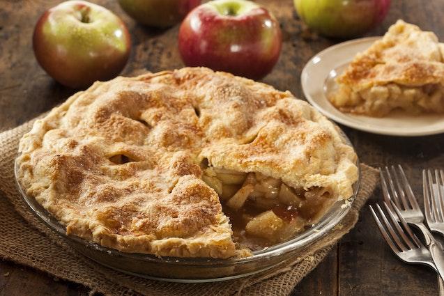 nyc-eat-pie-making