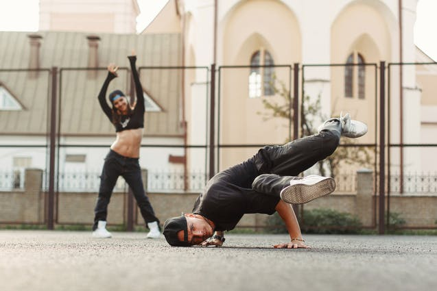 b-boy-bgirl-break-dance