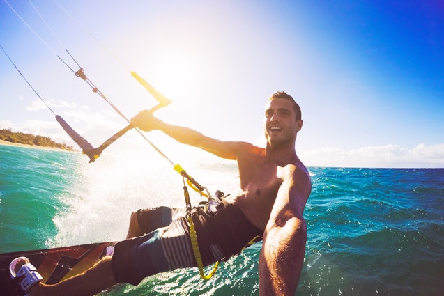 miami water date ideas kiteboarding