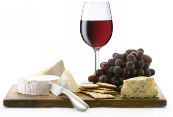 We Recommend These NYC Wine and Cheese Classes