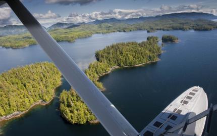 0_new Alaska Flying