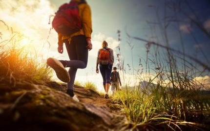 0_new Hiking