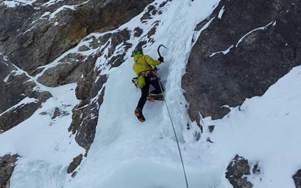 0_new Ice Climbing