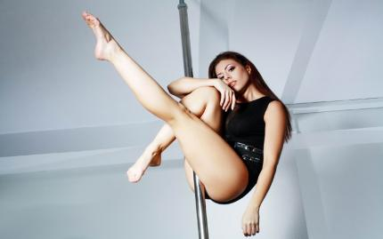 0_new Pole Dancing