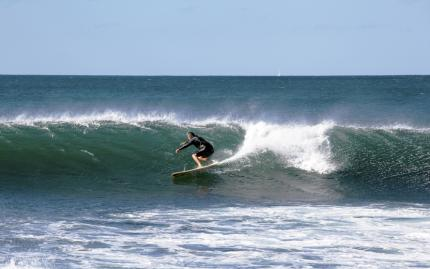 0_new Surfing