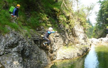 0_new Waterfall Canyoneering