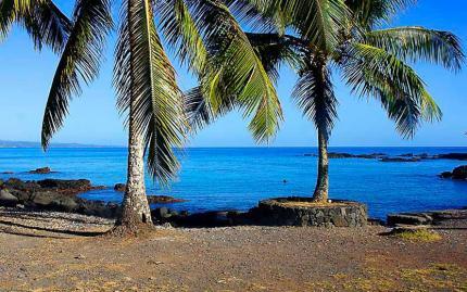 Hilo Ocean Adventures Waakaulua Hawaiian Sailing Canoe