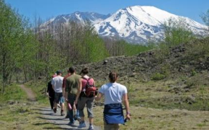 Mt St Helens Monument Tour